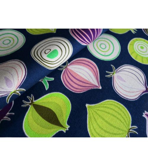 Tela japonesa. Cebollas multicolores sobre fondo azul navy
