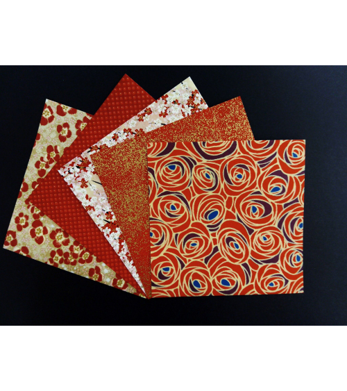 Kit papel origami en tonos rojos. 15x15cm.