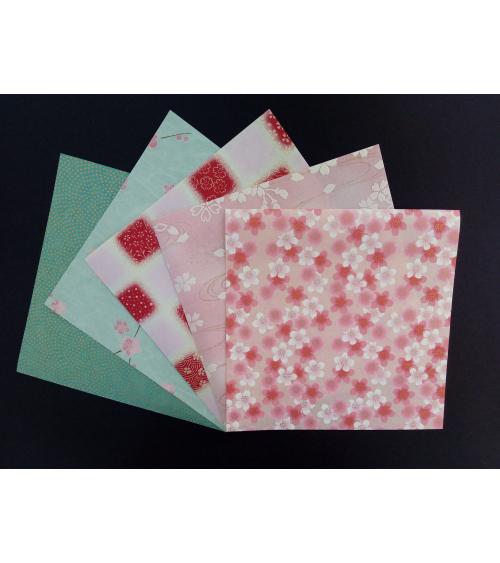 Kit papel origami en verde y rosa. 15x15cm.