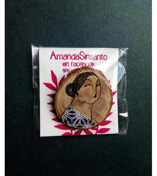 Broche AmandaSinsanto mujer vestido asanoha