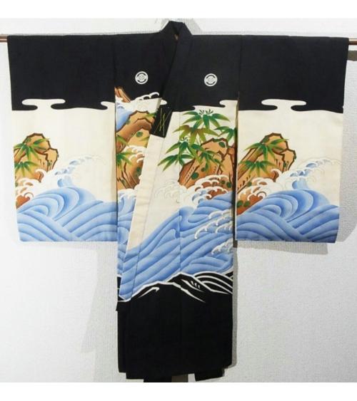 Kimono de niño con bordado de carpas