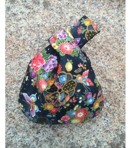 Bolso de mano japonés satin de algodón negro mariposas y flores