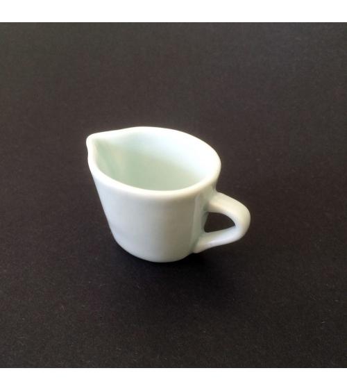 Jarrita de porcelana de Arita para salsa