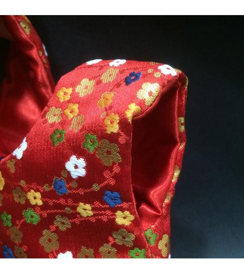 Bolso de mano en brocado sakuras