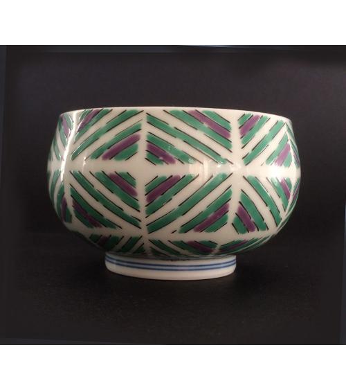 Vaso de té japonés de porcelana de Arita con flor de iris
