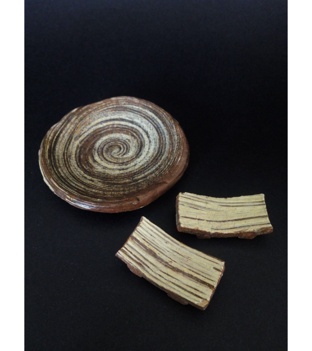 Set de reposapalillos y pequeño plato Karatsu. II