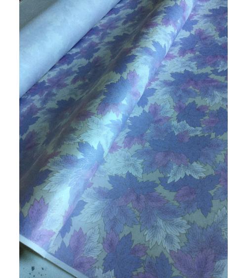 Papel washi decorado hojas de peonías lila y fondo blanco