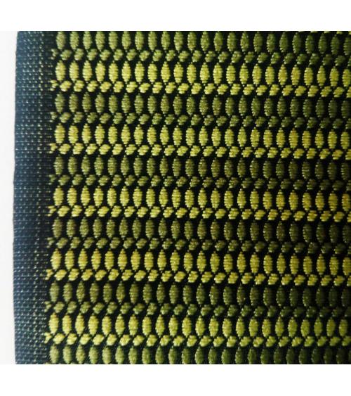 Brocado japonés con motivo en franjas verdes