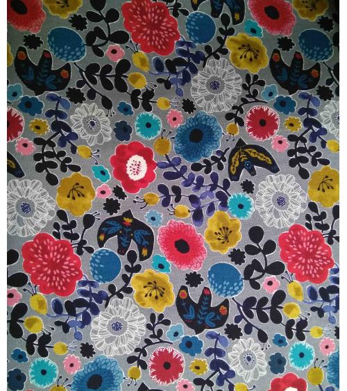 Tela oxford japonesa. Pájaros y flores sobre gris