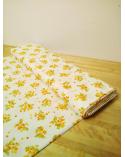 Tela japonesa de mimosas en algodón.