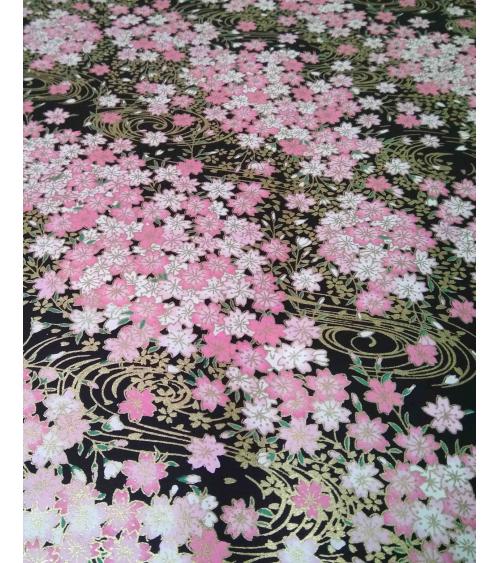 Papel chiyogami sakuras blancas y rosas sobre fondo negro