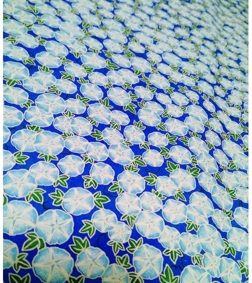 Papel Chiyogami de capuchinas en azules