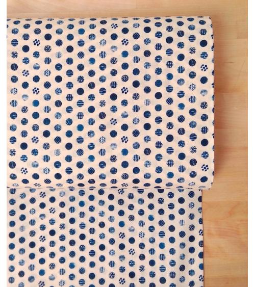 """Tejido japonés """"Círculos"""" en azules sobre marfil."""