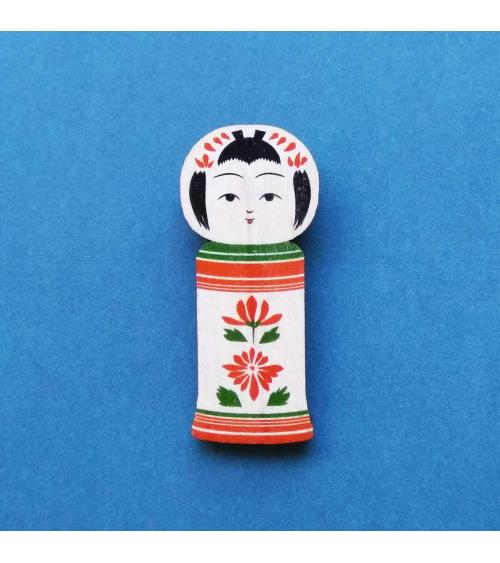 Japanese kokeshi brooch 'Naruko'.