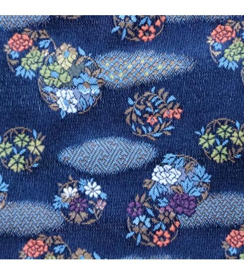 Brocado azul navy con motivo de nubes y flores (hana y kumo)