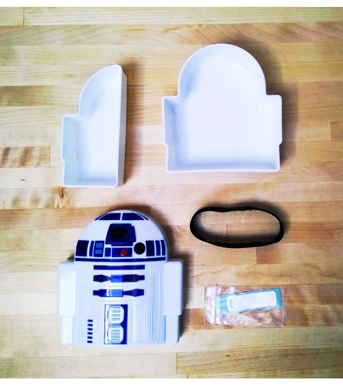 Bento box for sandwiches R2D2