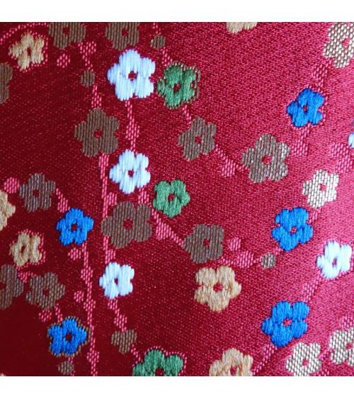 Brocado rojo flor de ciruelo (hume)