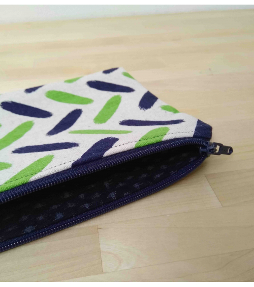Spike Pouch