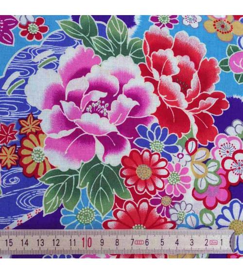Yuzen. Flores sobre fondo azul