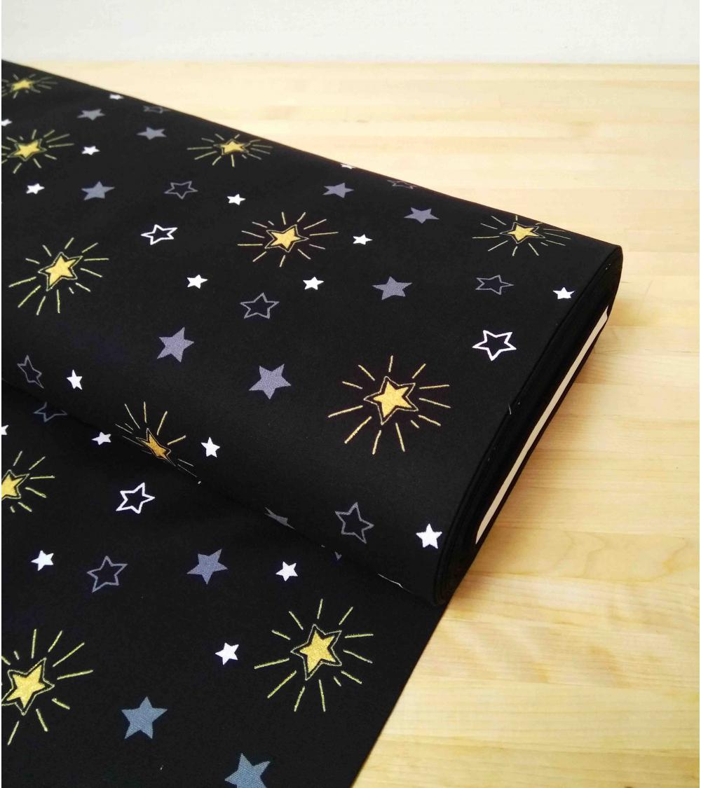 Tela japonesa. Estrellas sobre fondo negro