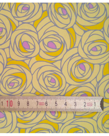 Chiyogami paper with roses in yellow.