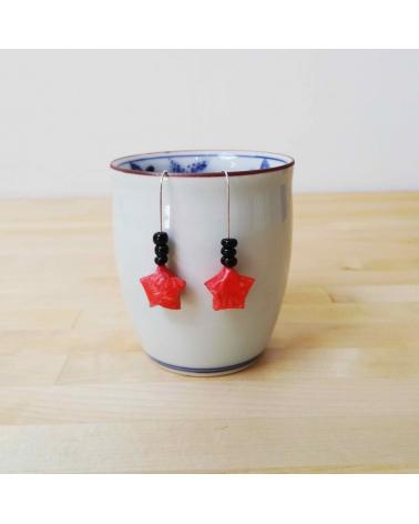 Pendientes estrellitas origami en rojo y negro de plata