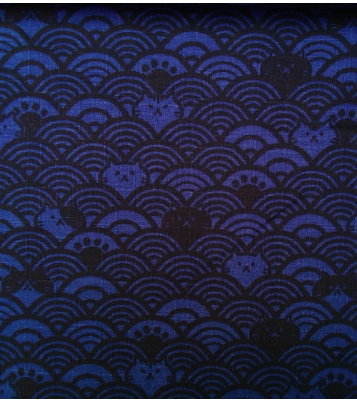 Japanese dobby fabric. Cats and seigaiha. Klein blue.