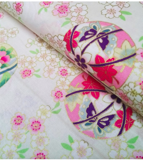 Tela de Sakura y temari sobre marfil