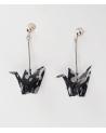 Pendientes grullas origami negros con bolita de plata