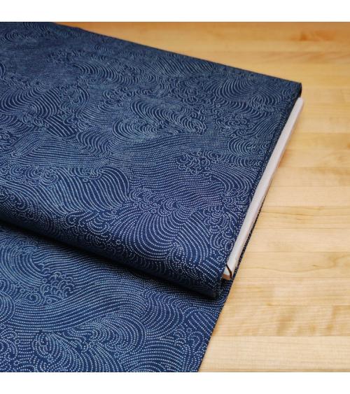 """Tela japonesa de algodón """"Nami"""" de puntitos en azul."""