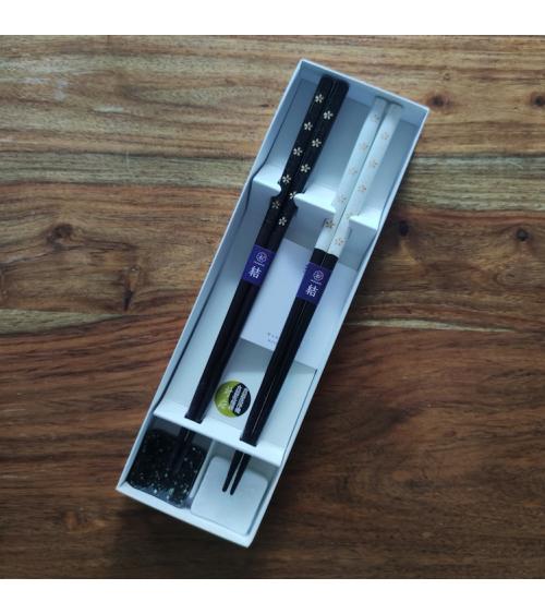 'Black and White Sakura' chopsticks gift set