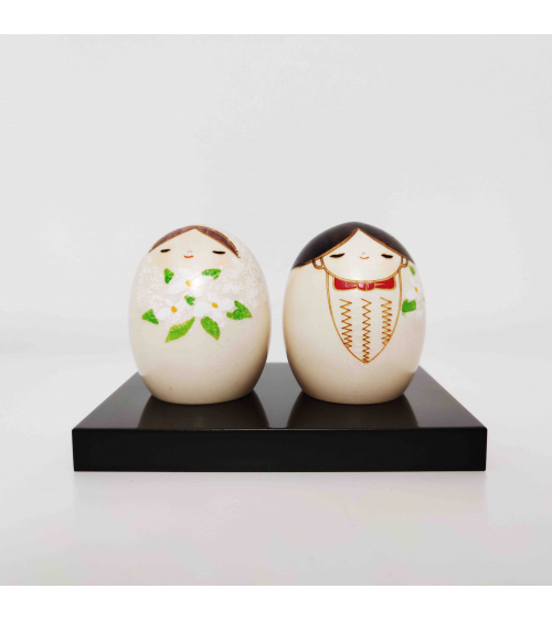 Couple of creative Kokeshi Bride and Groom (Wedding)