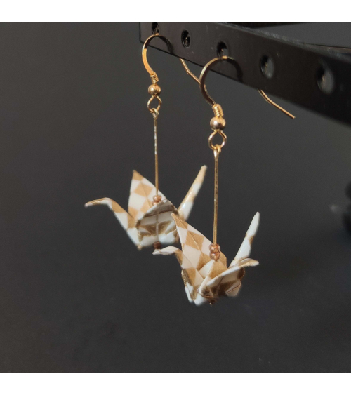 White and golden ichimatsu origami Earrings. Gold plated silver.