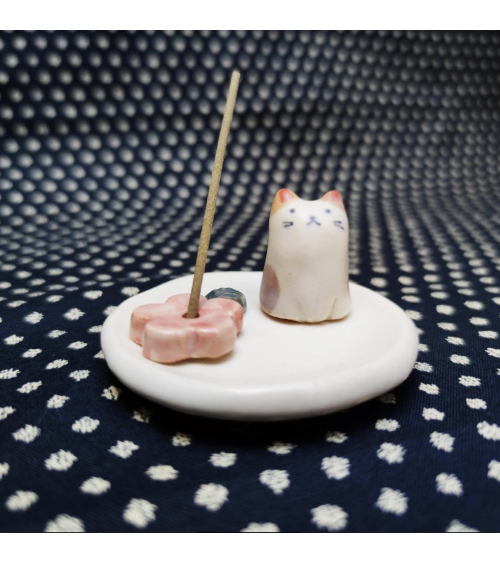 Ceramic incense holder with kitten and sakura