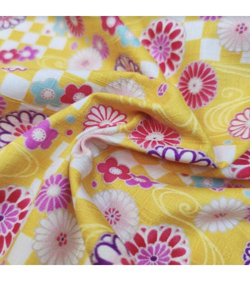"""Japanese dobby fabric """"Kiku to ichimatsu"""" in yellow"""