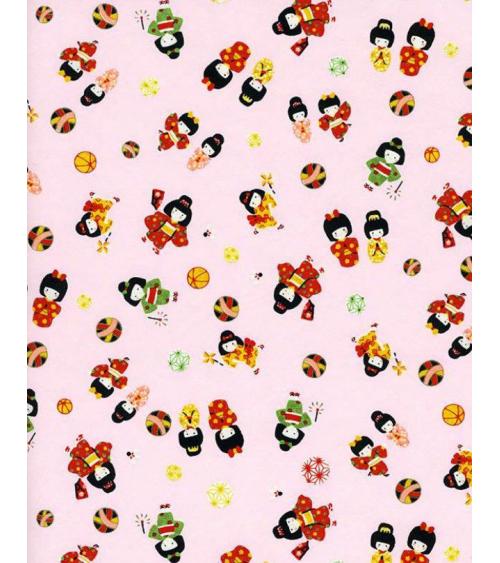 Papel Chiyogami pequeñas maiko sobre fondo rosa.