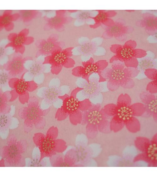 Papel japonés chiyogami sakuras en rosa sobre fondo rosa
