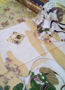 Diversos artículos reproducen la imagen de Fujin y Raijin, en japonerias.com